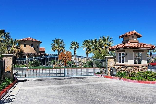 Fair Oaks Ranch Santa Clarita Area Condos – Heather Ridge