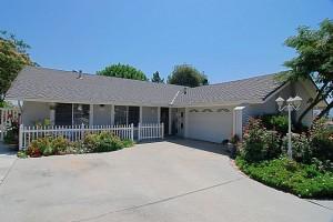 Santa Clarita home listing - Santa Clarita real estate