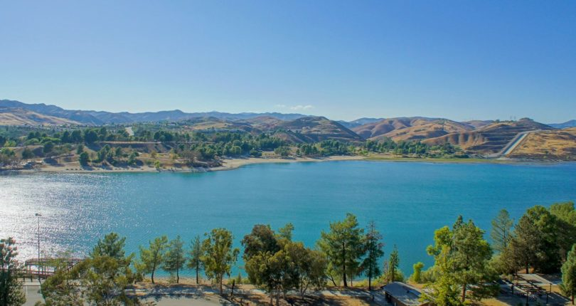 Why You Might Consider Living In Castaic Vs. Valencia